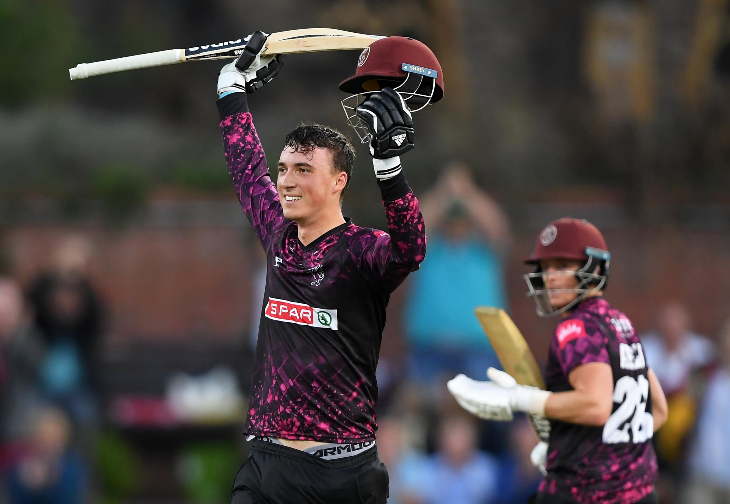 Tom Banton: Somerset star blasts 80 from 28 balls in Abu Dhabi T10