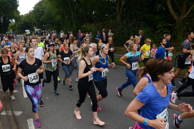 Over 600 runners take part in the Taunton 10k 2017. Blackbrook sports centre, Taunton..
