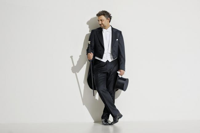 Jonas Kaufmann Studio session.