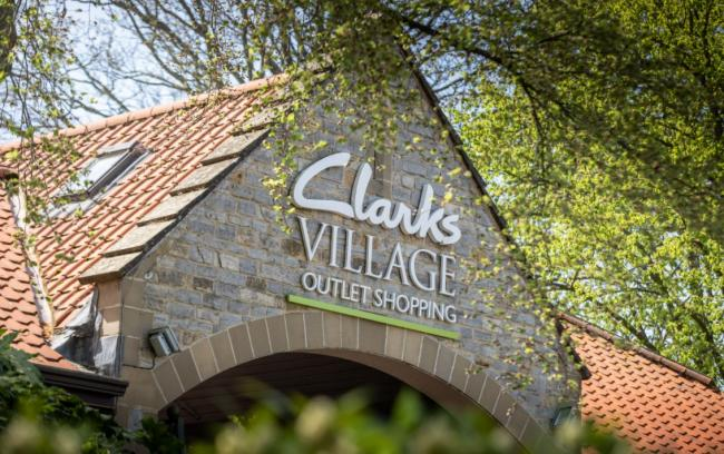 Non essential shops re-opening at Clarks Village
