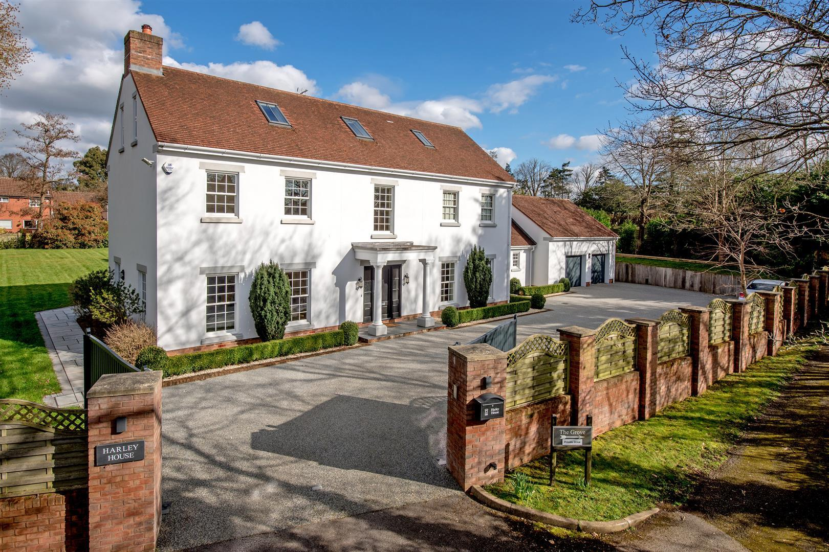 Stunning SIX-BED Taunton house is on the market