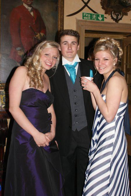 Photos from the Leavers' Prom at Heathfield Community School, Monkton Heathfield, 2010