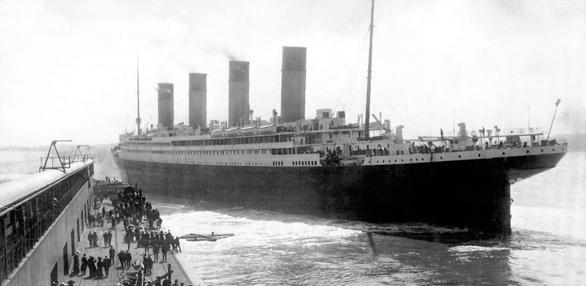 an analysis of the unsinkable titanic Causes and effects of the rapid sinking of the titanic review of the causes and effects of the rapid sinking of unsinkable, the titanic was.