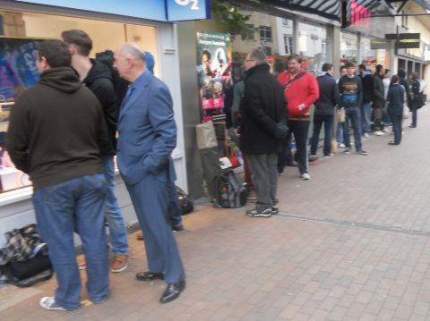 Dozens wait for release of iPhone 5