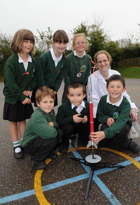 Science week proves a hit with Hemyock Primary School youngsters