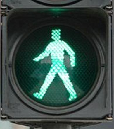 Timely traffic light remember for Taunton pedestrians