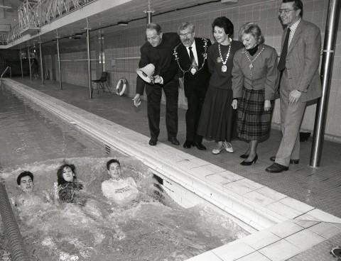 Mayor Peter Lee starts the third annual Swimathon in 1991.