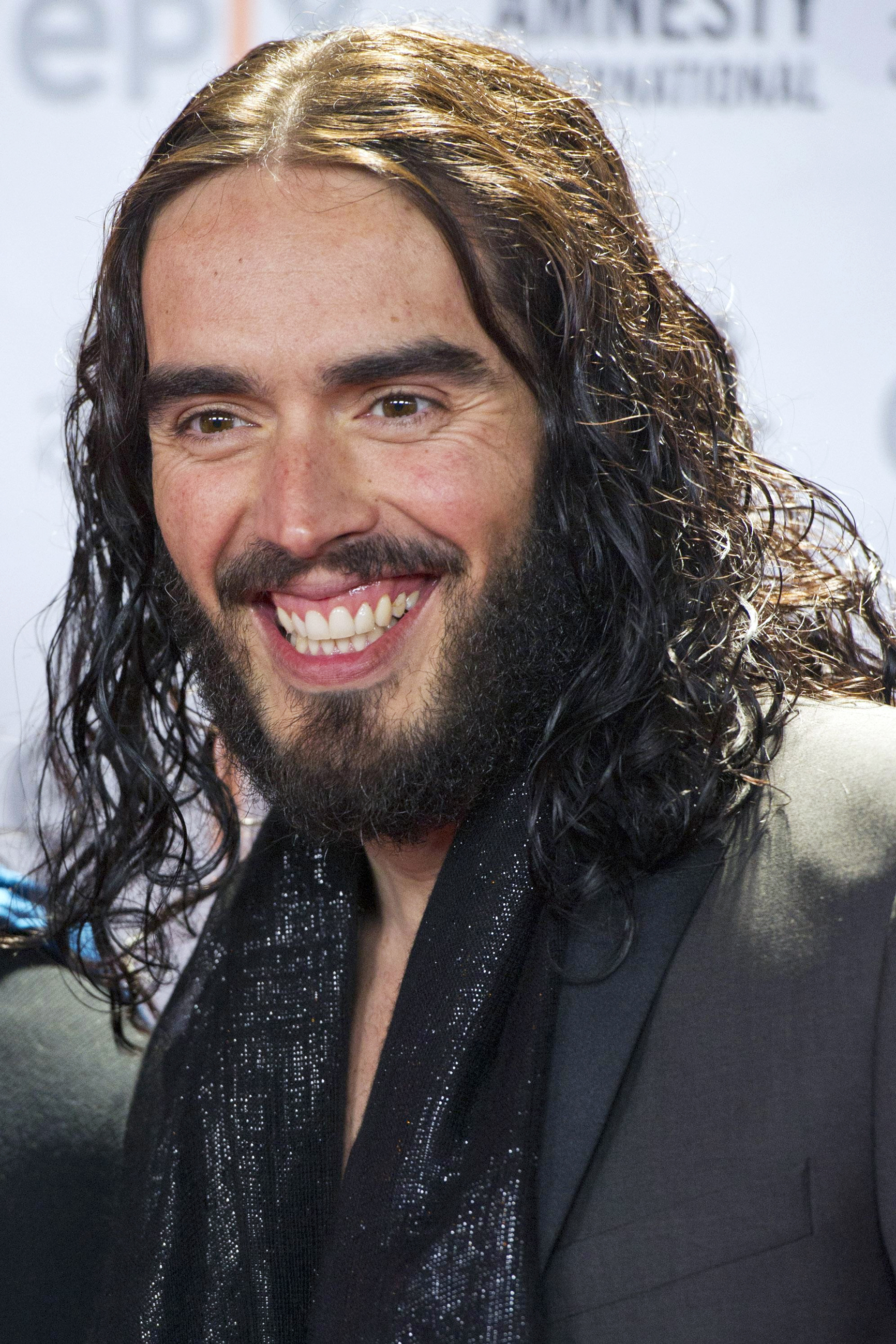 Somerset County Gazette: Russell Brand cancels Southend show due to illnesss