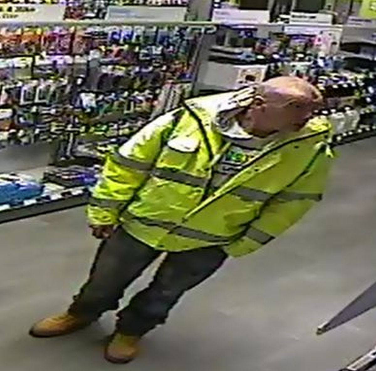 Police appeal following shoplifting offence in Maplins