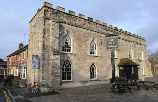 Somerset County Gazette: The Knights Rest, formally The Drawing Room and the Winchester Arms.
