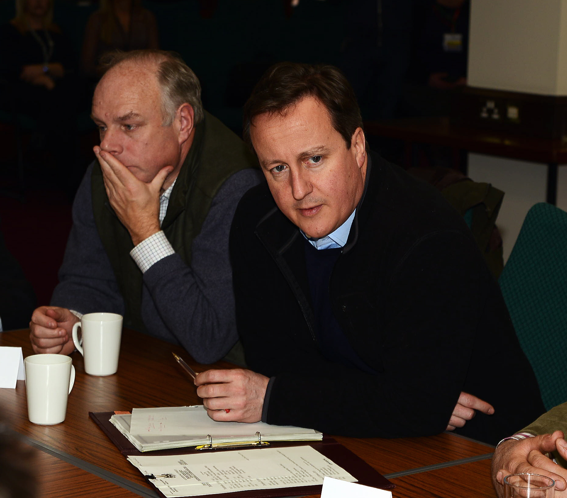Bridgwater MP Ian Liddell-Grainger talks with David Cameron about the flood plan