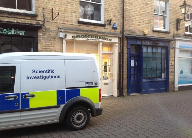 Two plead guilty to Taunton jewellery store raid