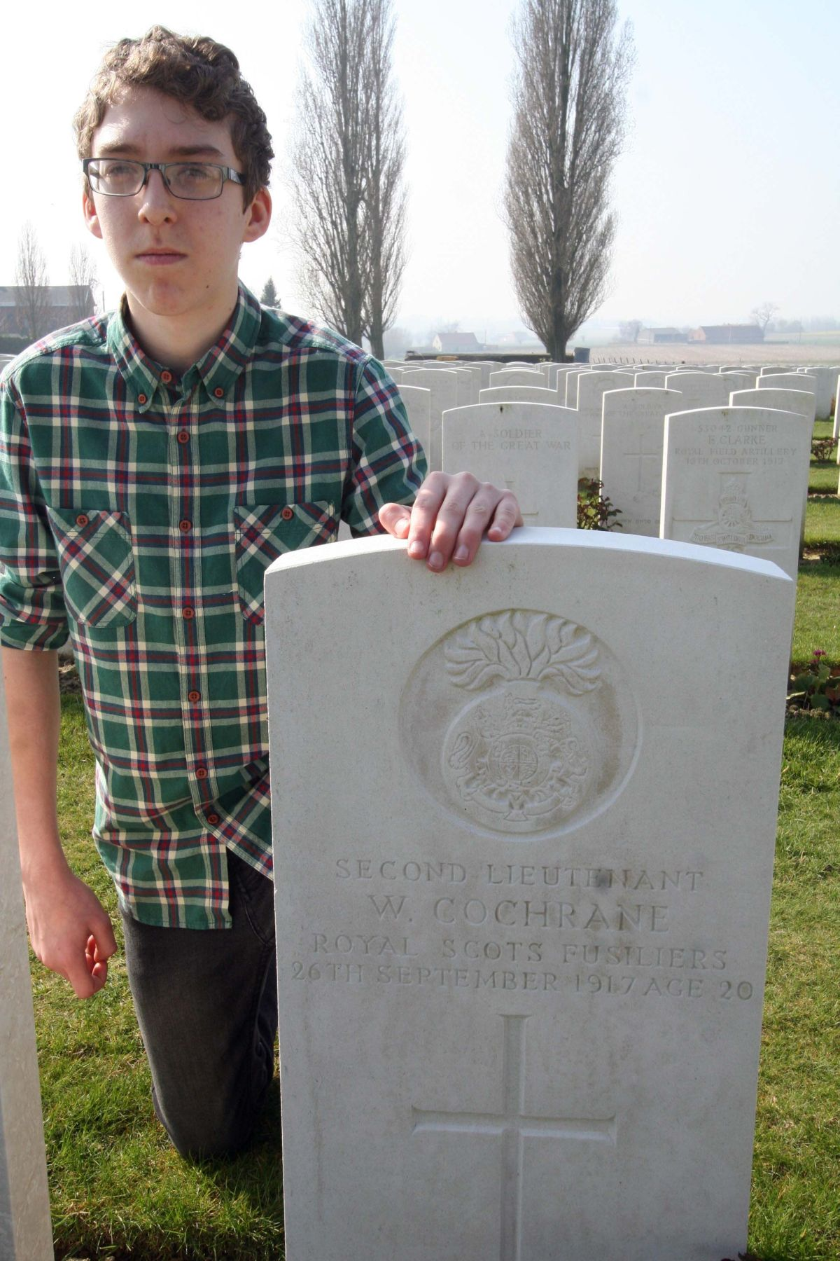 Student visits great grandfather's grave on WW1 Belgium trip