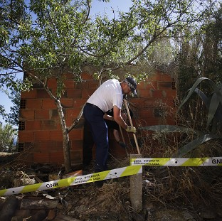 Madeleine: Police end scrub search
