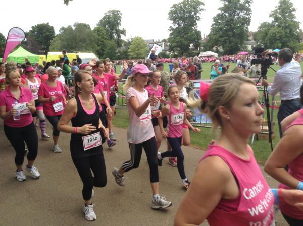 VIDEO: Runners pound the pavement at Vivary Park for Cancer Research UK