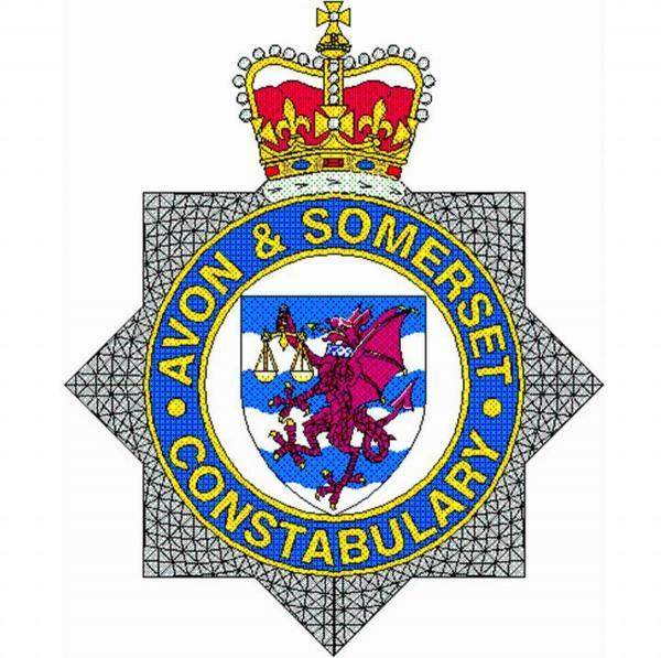 Police seek witnesses after riverside robbery in Taunton