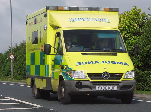 Man seriously ill in hospital after falling into Taunton Canal