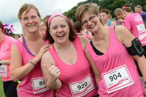 Somerset County Gazette: PICTURE GALLERY: Taunton turns pink for Race For Life