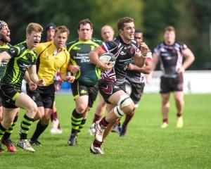 Somerset County Gazette: SPORT: Taunton Titans dig deep for win over Bury St Edmunds