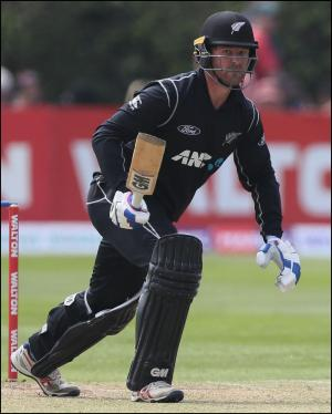 Somerset County Gazette: CRICKET: New Zealand star signs for Somerset