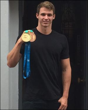 Somerset County Gazette: MAKING A SPLASH: Where is this world champion swimmer eating in Taunton?