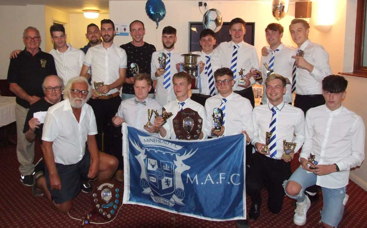 AWARDS: Back (L-R) - Bill Knowles, Luke Bloys, Sean Meade, Guy Burns, Darren Sherring, Toby Morris, Branden Simsek, Dan Vickers, Sam Harley, Jake Hill; front - Roy Dix, John Burns, Karl Boswell, Callum Barnfield, Rob Vickers, Oliver Jones, Cameron March.