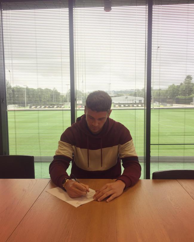 Josh Gould Taunton Born Goalkeeper Signs Professional Contract At Swansea City Somerset County Gazette
