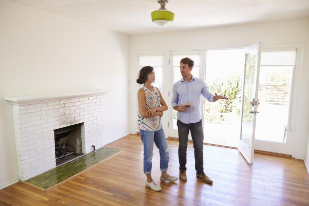 Somerset County Gazette: SALES: A couple viewing a house. Picture: Thinkstock/PA