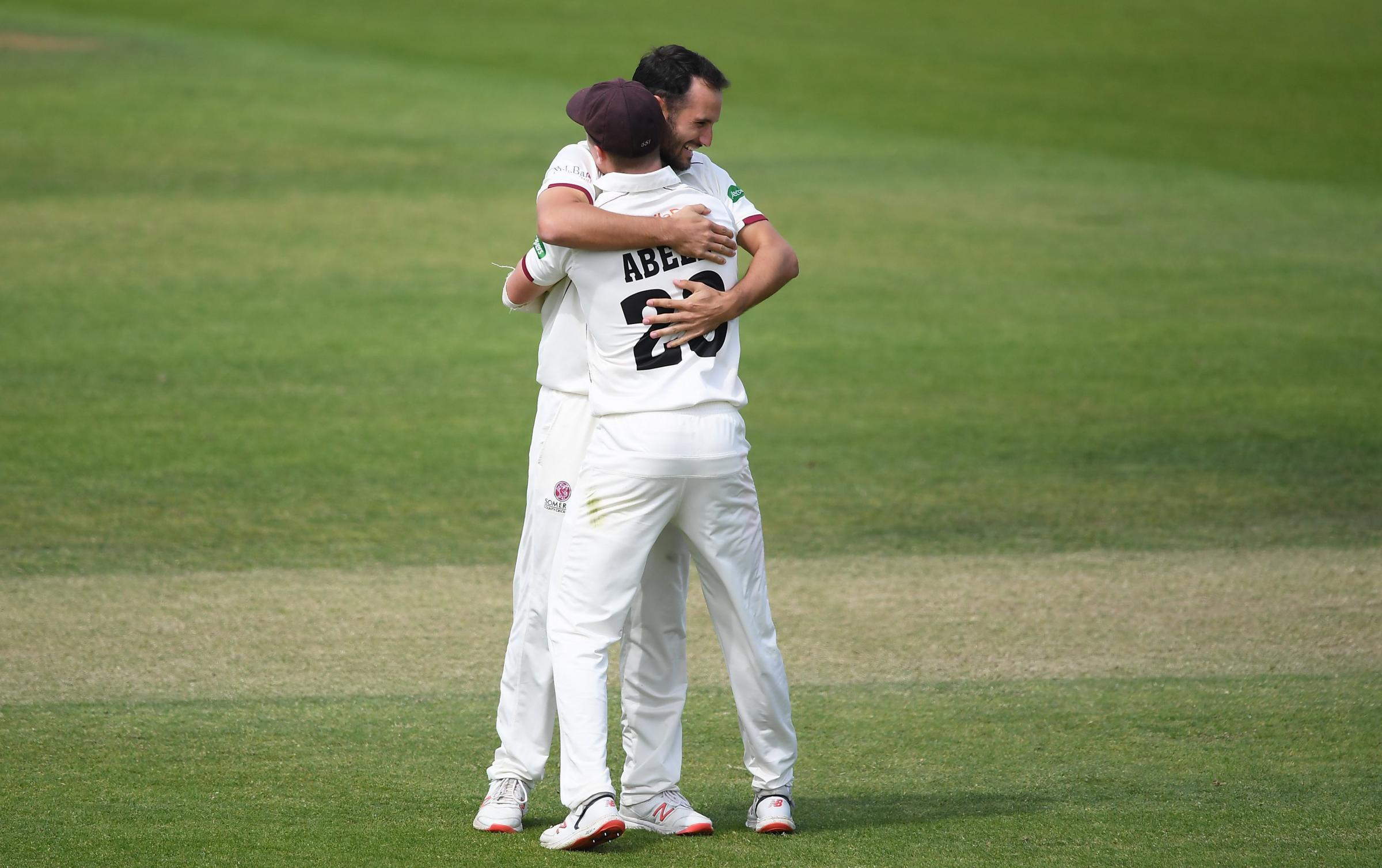 COUNTY CRICKET: Somerset finish off Warwickshire in Specsavers County Championship