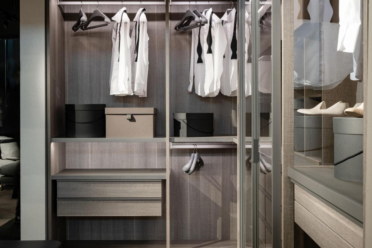 Dream Of Owning A Walk In Wardrobe Here S How To Make It Happen Somerset County Gazette,Outfit Colors That Go With Purple Clothes