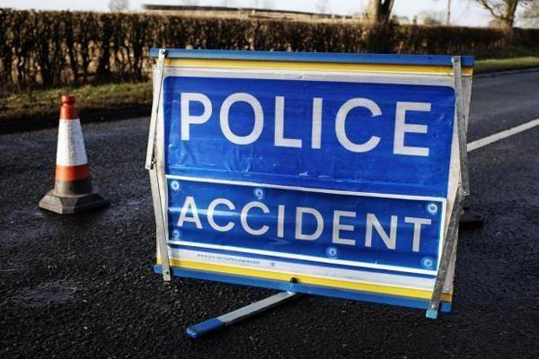 Three seriously injured in crash at A37 at Long Hill, Shepton Mallet