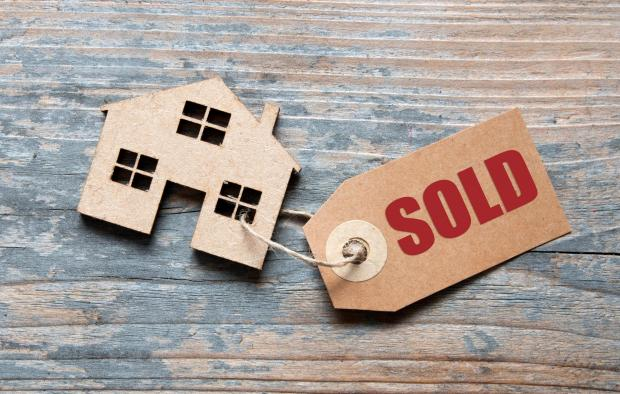 Somerset County Gazette: SOLD: Beware the pitfalls of buying and selling. Picture: iStock/PA